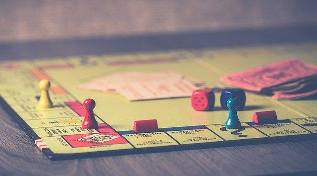 超盛り上がる!!大人向けおすすめボードゲーム3選⭐︎価格・プレイ時間比較1